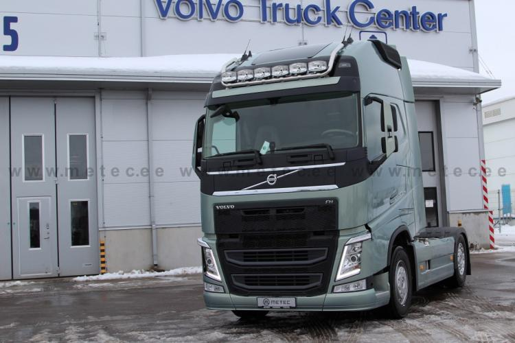 LH for roof, ´MAX´with clamps VOLVO FH13-(Globe & Globe XL 6 lamps)