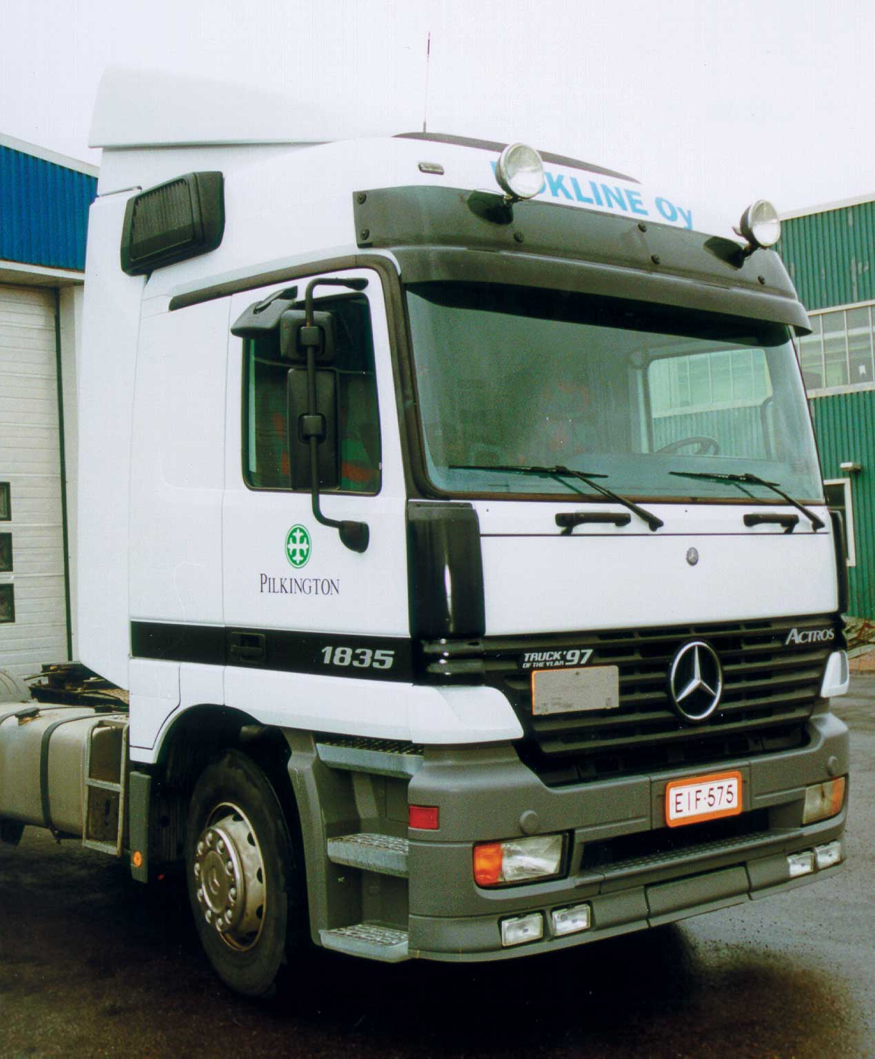 Sluneční clona Actros MP1 High roof / Mega Space 01/1998- art. 5121AB