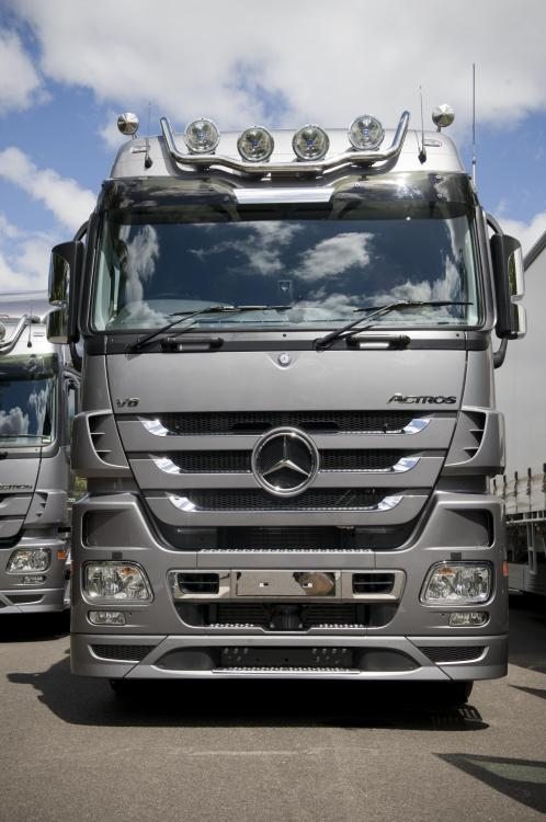 LH for roof, cables, pol. MB Actros 08-