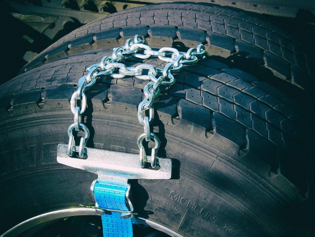 315/80-22.5 | Sněhové řetězy Alaska Sectors nouzové s pásem | ks